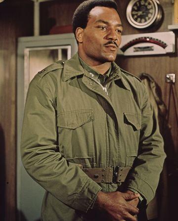 Jim Brown Activist | ... rifles 1968 jim brown raquel welch ice station zebra 1968 jim brown