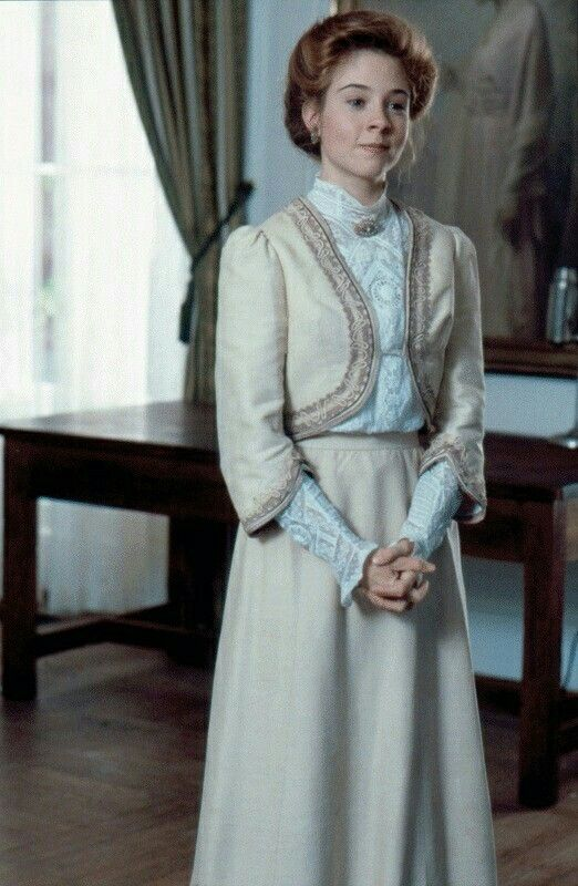 The 140 best Anne Shirley style images on Pinterest | Anne shirley ...
