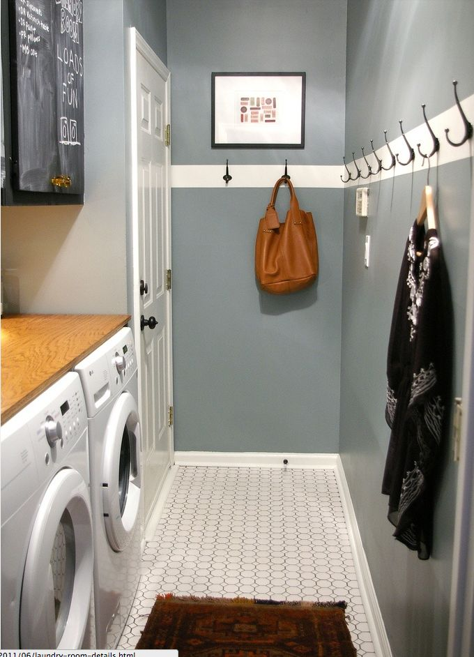 Love the hooks - they look like they should be there (the white stripe) and sooo useful!
