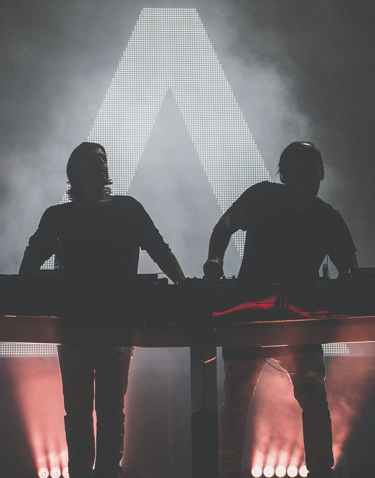 "all-blood-edm: ""  AXWELL & INGROSSO """