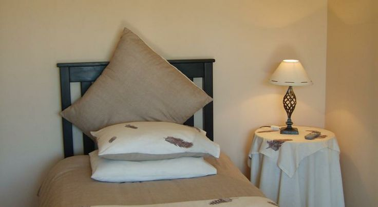 http://www.go2global.co.za/listing.php?id=729&name=African+Sun+Guest+House