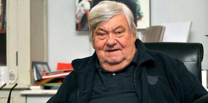 Le président du Montpellier Hérault, qui fêtait ce jeudi ses 74 ans, a fait un arrêt cardiaque alors qu'il se trouvait dans un restaurant à Garons. Transporté en urgence par les pompiers...