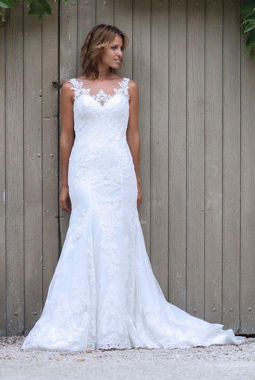 la mariée dans sa robe | Photographe mariage Montpellier / Nîmes / Héraut / Gard