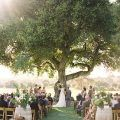 Take a look at the best outdoor wedding venues in the photos below and get ideas for your wedding!!! A Romantic Wedding at Bellefield Great House in Jamaica | Twig & Olive Photography Image source Ruffled – photo by http://www.christiannetaylorweddings.com/… Continue Reading →