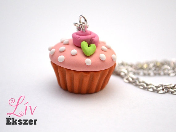 Vintage cupcake necklace by livekszer on Etsy, Ft2990.00