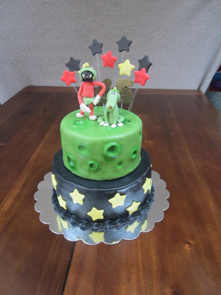 Marvin The Martian Cake Marvin And His Dog Are Hand
