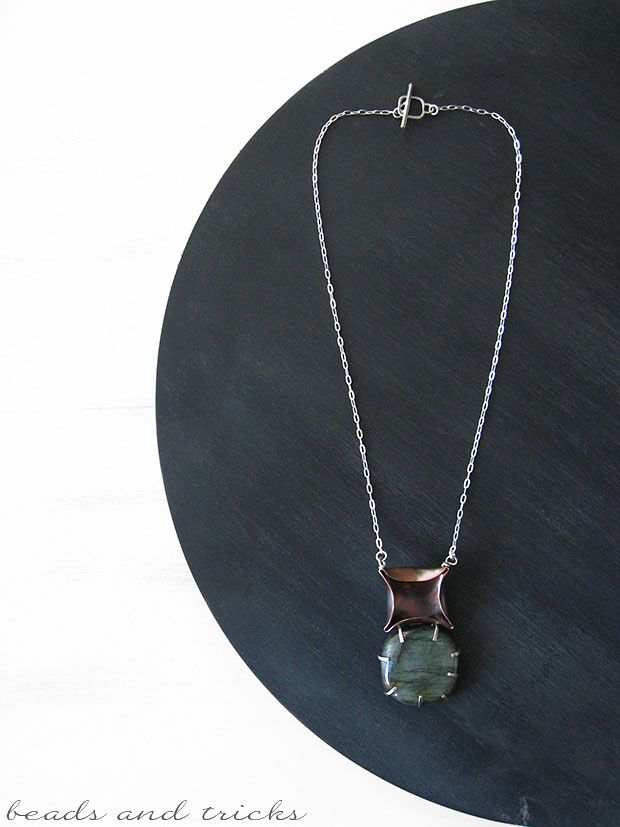 Ancora quadrato: collana con labradorite | Handmade by Beads and Tricks
