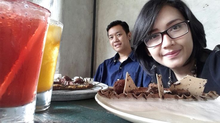 We love chocolate.  This place awsome. All about chocolate