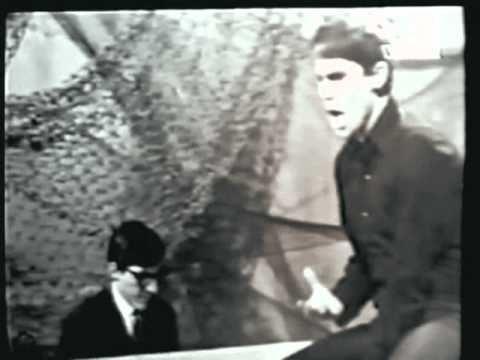 RAPHAEL Ella (ya me olvido) en directo 1969 - www.raphaelfans.com - YouTube