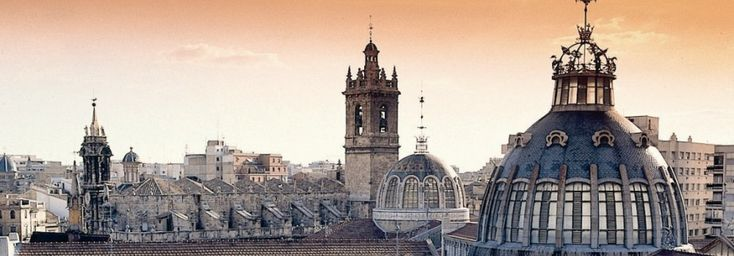 Valencia tourism, travel information and guide. It Rains in Spain.