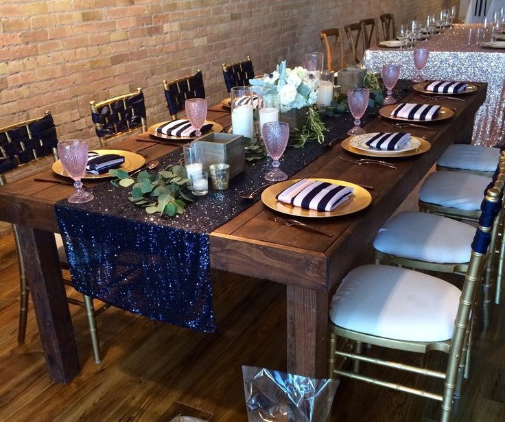 In LOVE with this look! Love the combination of Sequin, nautical Navy Stripes & floral runners. Swoon!