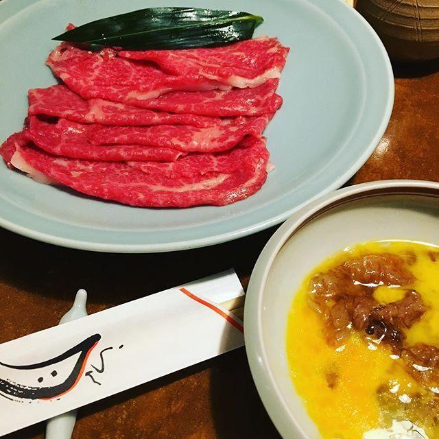 すき焼き老舗@銀座 すき焼きってたまーに異様に食いたくなるな! 最高のサービスで、おいしゅーございました。  #gourmet  #すき焼き #松阪牛 #銀座 #銀座ランチ #らん月 #肉 #老舗 #名店 #かっせー食堂