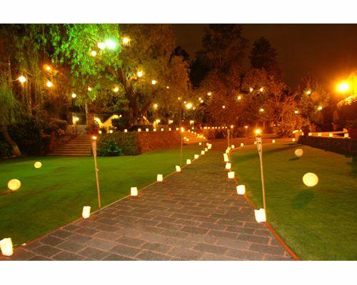 Jardín Lienzo Charro del Pedregal (Grupo Mont Blanc) / jardín para boda DF