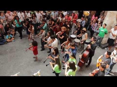 Flashmob - Bolero de Ravel na Pinacoteca de São Paulo, Brasil, Conservatoire de Paris, GURI & EMESP - YouTube