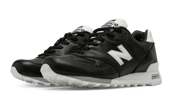577 Made in UK Football, Black with White