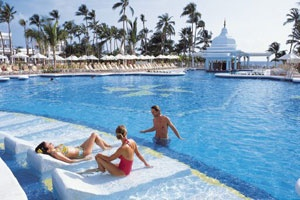 Riu Palace Punta Cana, Punta Cana. #VacationExpress