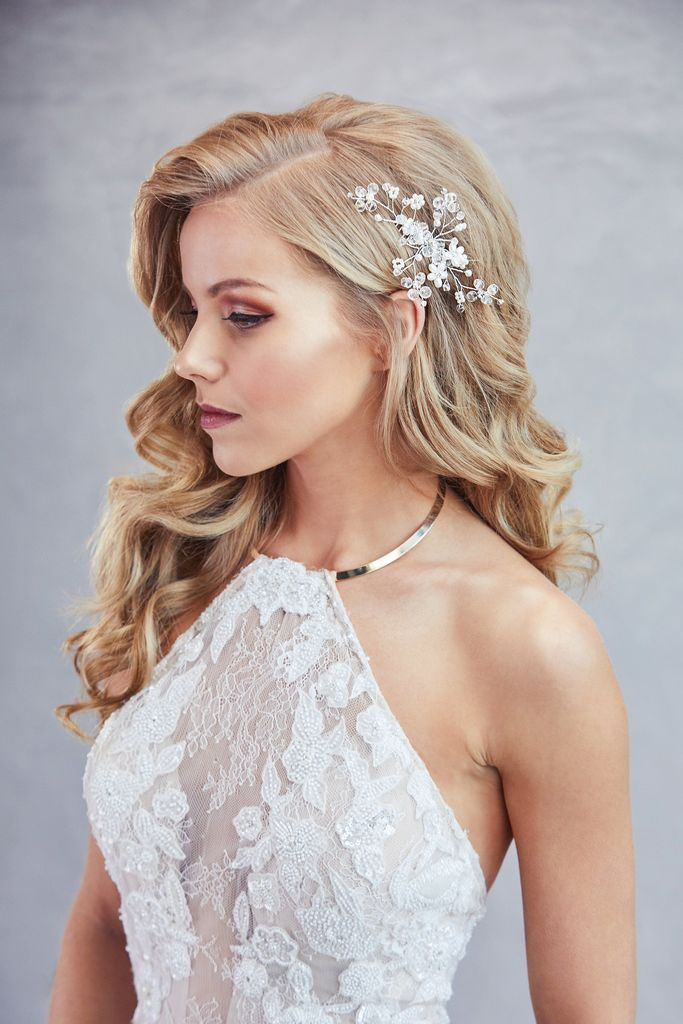 Charla Pearl Hair Comb Wedding Hairstyles For Long Hair Bride Hairstyles Gorgeous Wedding Makeup
