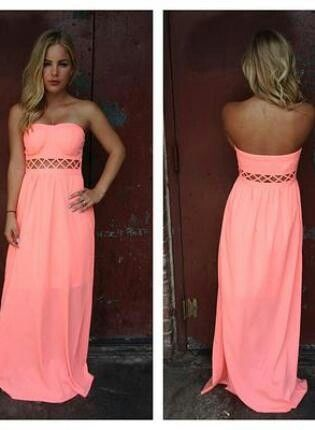 I want soo bad! It is a beautiful coral summer dress.