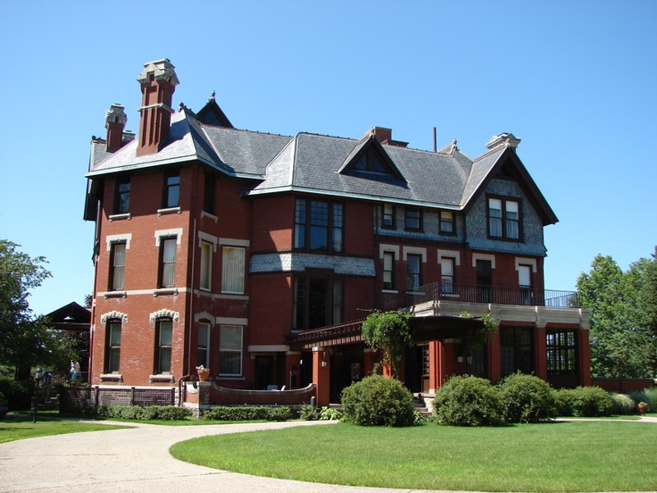Cedar rapids mansions and cedar rapids iowa on pinterest for Home builders iowa