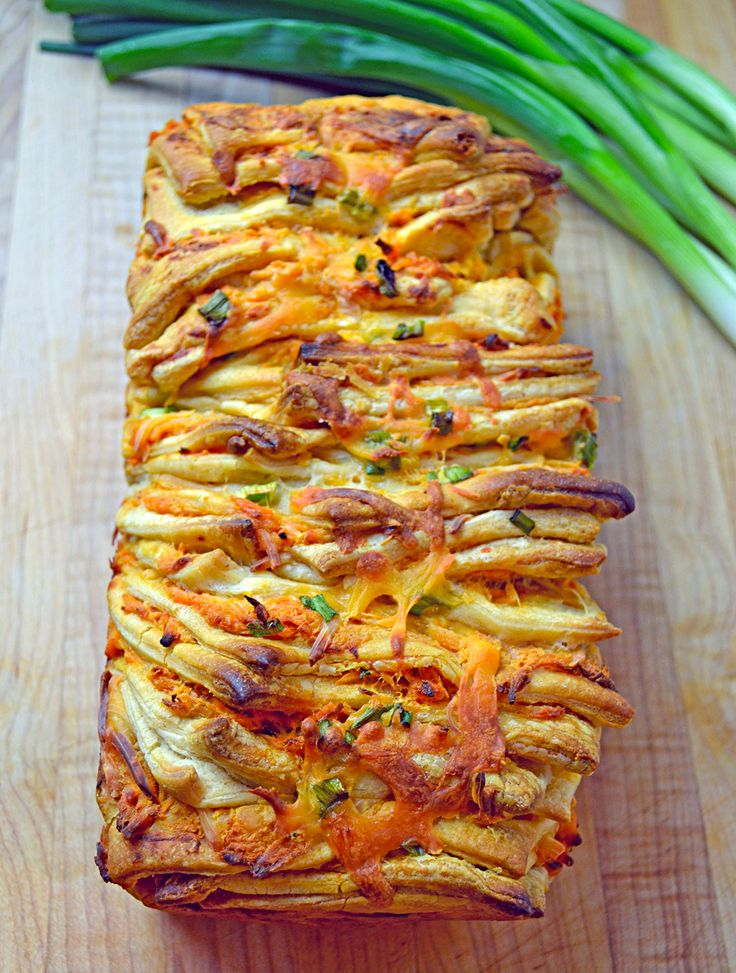 Buffalo Chicken Tailgate Bread