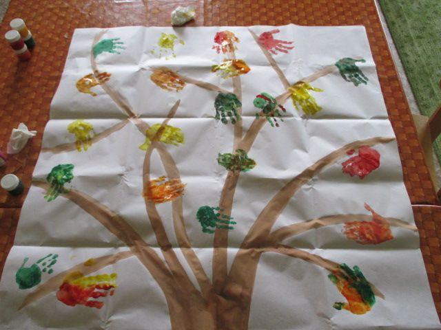 podzimní strom - otisky rukou