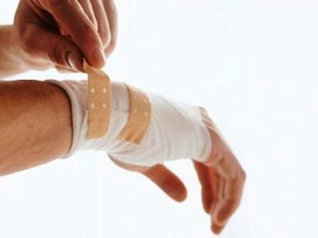 Избавляемся от гноя в ранах и язвах в домашних условиях. Двадцать один народный рецепт для успешного лечения гнойных ран.