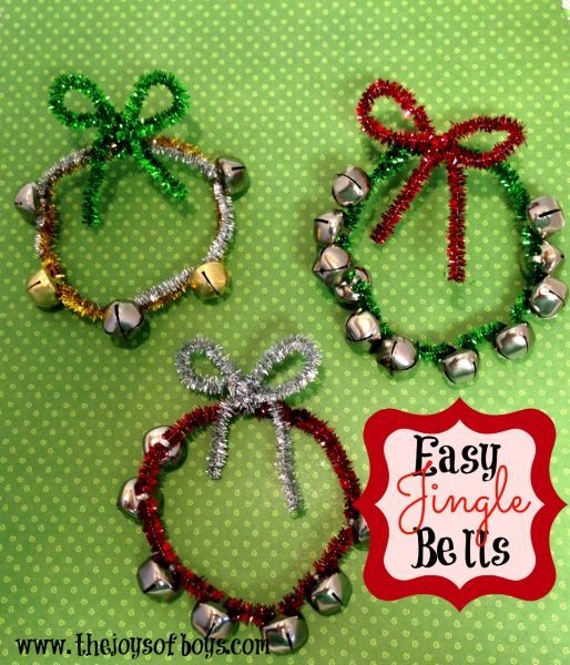 Easy Jingle Bells craft that is made in minutes using only two craft supplies. Great Christmas craft for kids.