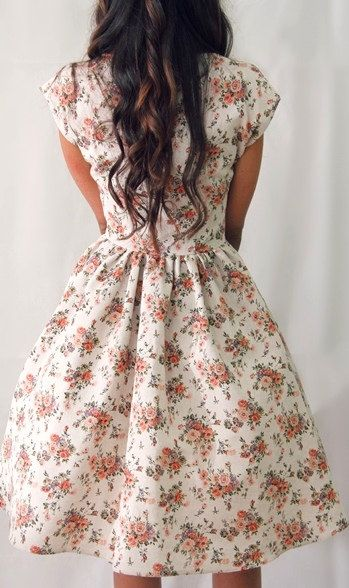 Like I REALLY need this dress! 50s style floral cap sleeve dress by ElochkaHandmade just amazing!!!