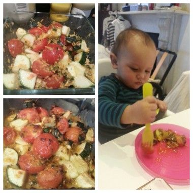 Courgette [Zucchini] and tomato bake Baby Led Weaning recipe from peanutdiaries.com - also south beach phase 1 friendly!