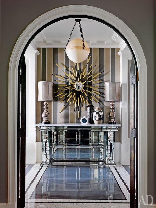 Квартира в Чикаго, декоратор Жан-Луи Денио. Нажмите на фото, чтобы посмотреть все интерьеры квартиры.