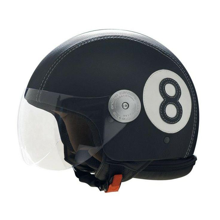 Casco in pelle Numero 8 nero di Andrea Cardone. http://www.makehandbuy.com/abbigliamento/accessori/caschi-da-moto/casco-in-pelle-numero-8-nero.html