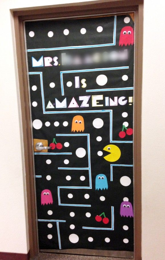 Teacher Appreciation Door Decorating | Paging Supermom