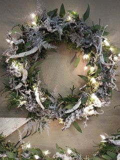 ۞ Welcoming Wreaths ۞ DIY home decor wreath ideas - Kerstworkshop 2012 (Bloemenatelier Roos)