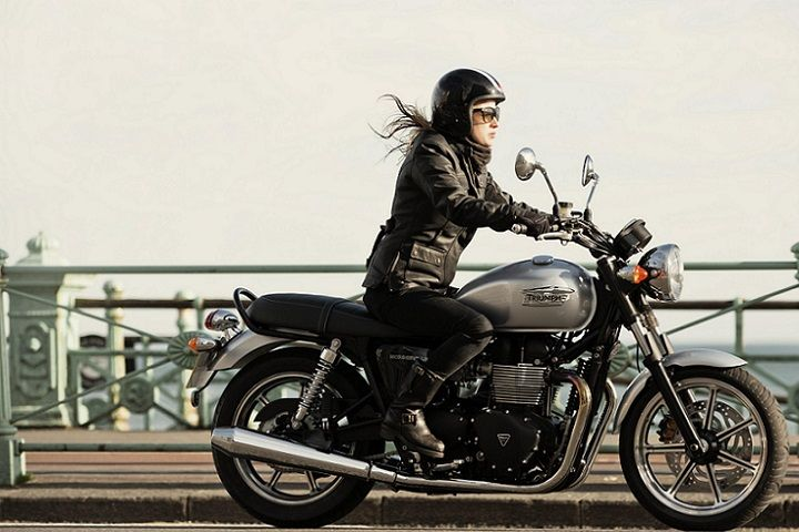 """Author Jonathon Klein loves the idea of starting your riding career on a Triumph Bonneville. Writing for BOLDRIDE, he chose the Bonneville as one of his 'Top Five Perfect Beginner Motorcycles' saying, """"the newest iteration is absolutely perfect for beginners that want a touch of retro in their motorcycles. The motorcycle is 1960s cool, but with all the conveniences of a modern bike."""" Klein also loves the price, but goes on to say, """"…how could you put a price on something that looks this…"""
