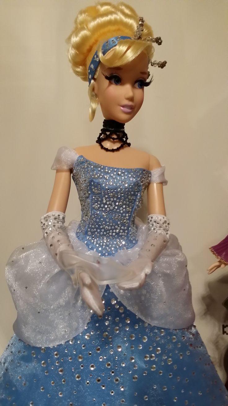Cinderella limited edition 17 inch doll