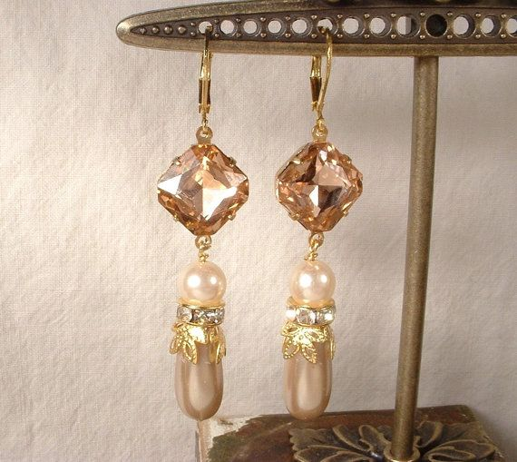 Vintage Blush Pink Rhinestone & Champagne and by AmoreTreasure, $35.99