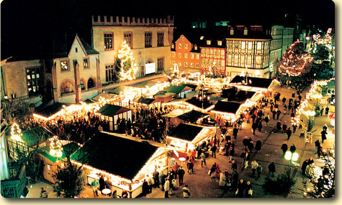 Now this looks like a place I'd love to visit! (Goettingen Christmas Market)