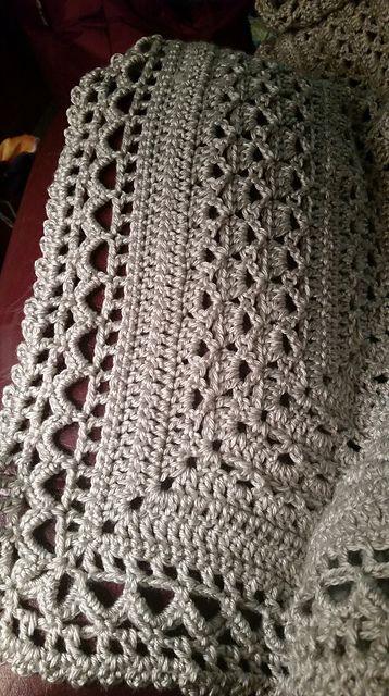 Free Crochet Pattern Queen Size Blanket : 17 Best ideas about Afghans on Pinterest Afghan crochet ...