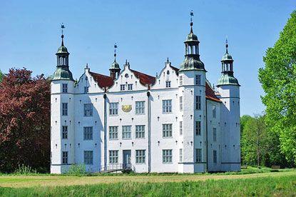 Schleswig-Holstein Travel Guide