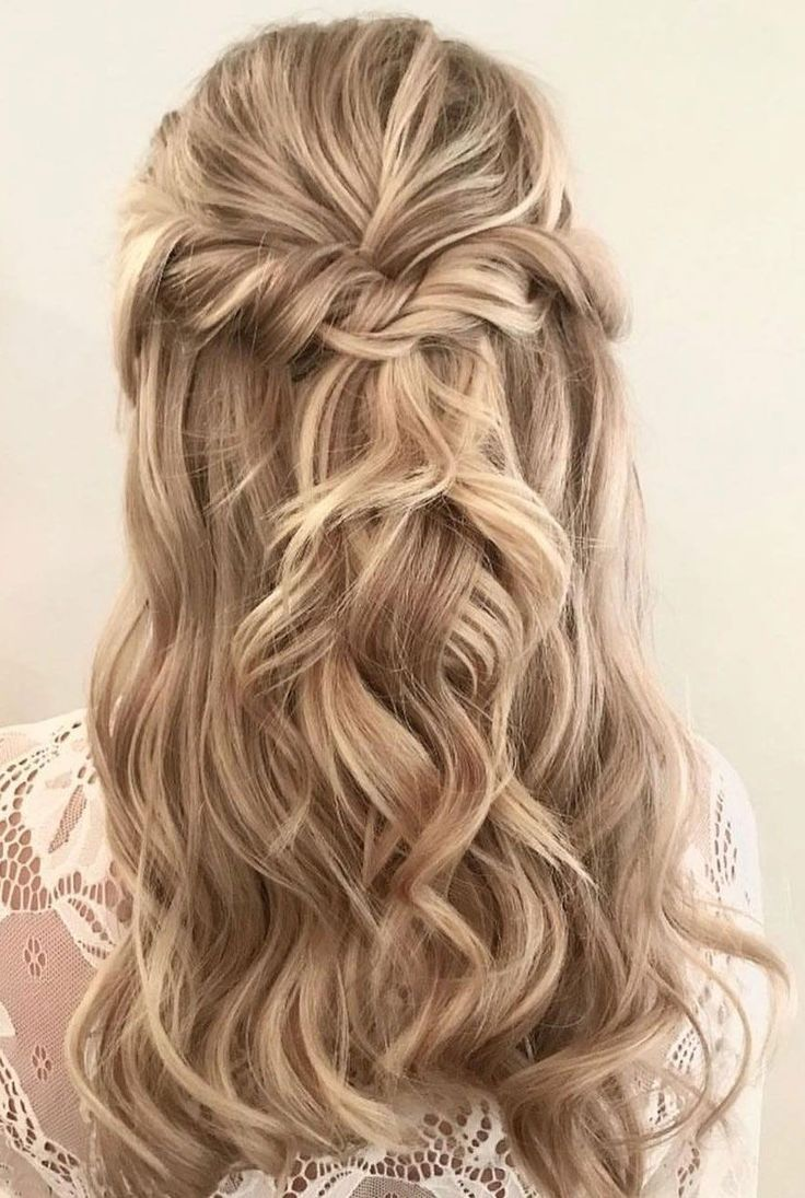 39 Gorgeous Half Up Half Down Hairstyles Women S Hairstyles Down Hairstyles Hair Styles Wedding Hair Inspiration