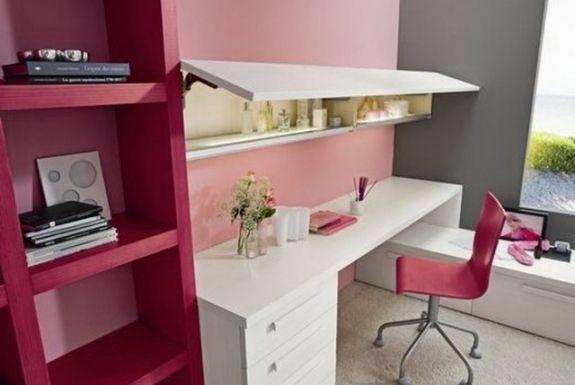 chambre-ado-fille-couleur-bureau-chaise-étagères