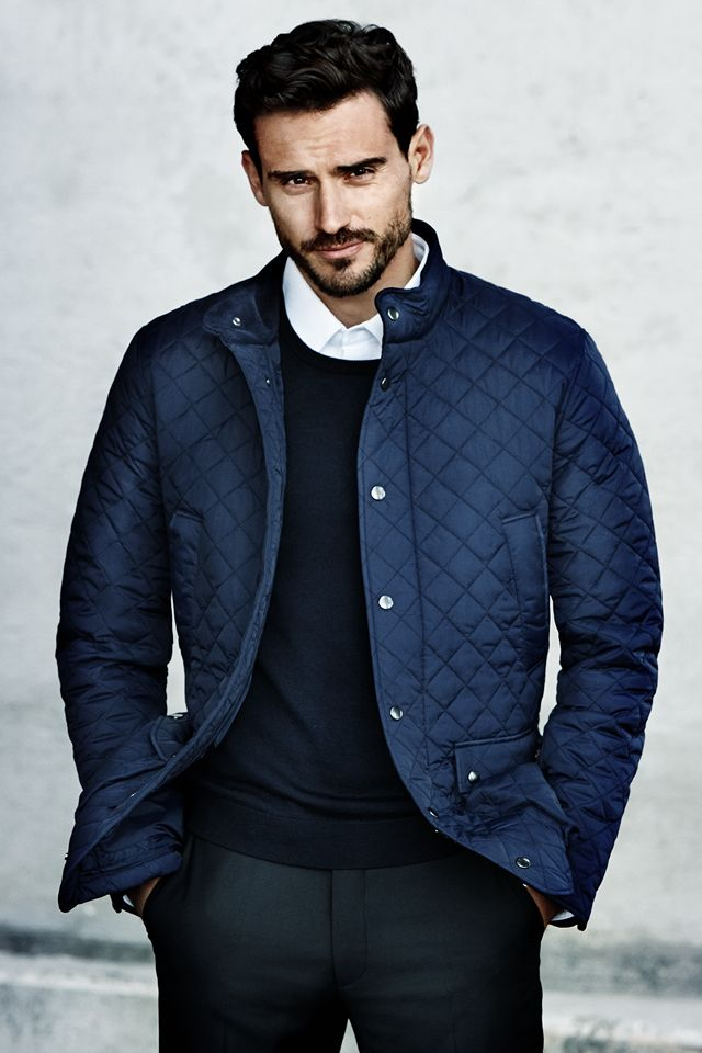 Whether you're in the city or the country, a quilted jacket is always appropriate. Dark blue quilted jacket with corduroy-lined stand-up collar and handwarmer pockets.│ H&M Men.