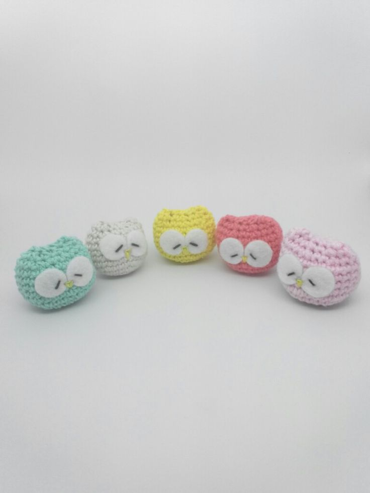 Session 1   The Sleeping Owl ❤ Key Chain • Soft Green • White • Yellow • Oranje • Pink • Crocheting Project with Flanel