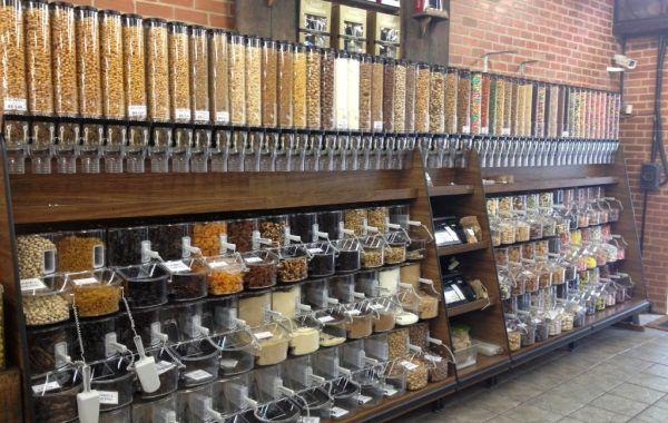 Neo Granel é Um Novo Conceito De Armazenamento E Exposição E Vendas De Alimentos A Granel Desembalados Com Bi Design De Loja De Varejo Interiores Loja De Grãos