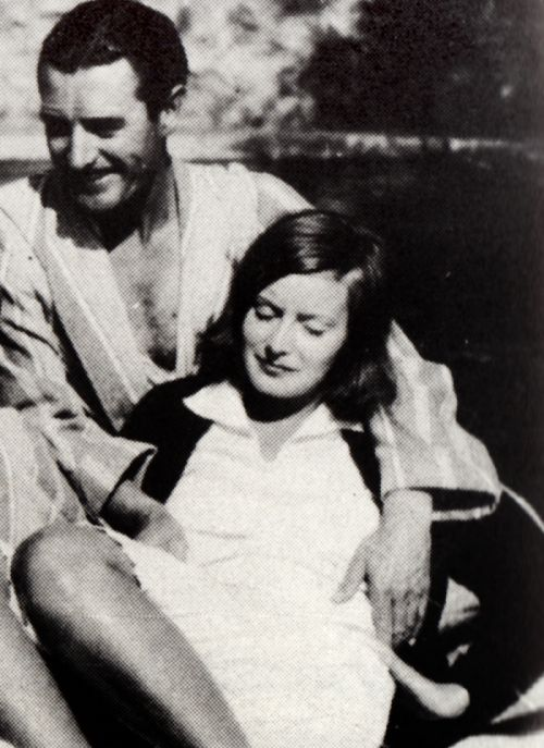 John Gilbert and Greta Garbo relaxing by the pool, 1920s