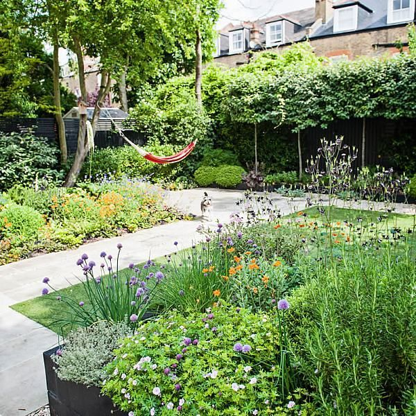 Garden With Stone Terrace Pathways In Wandsworth Designed By Sarah