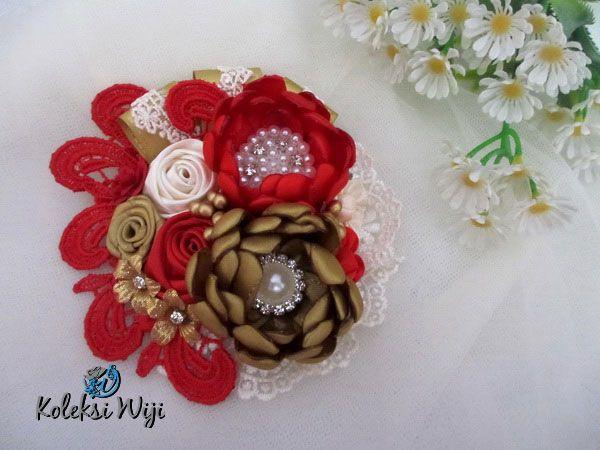 http://koleksiwiji.com/product/red-adele-brooch Red Adele Brooch Size : 11 cm Colours : perpaduan warna merah dan emas Materials : satin ribbon grade A, lace and beads bros bunga, bros cantik, bros hijab, bros kain, Bros korsase, koleksiwiji, pins bros - - #BrosBunga, #BrosCantik, #BrosHijab, #BrosKain, #BrosKorsase, #Koleksiwiji, #PinsBros -