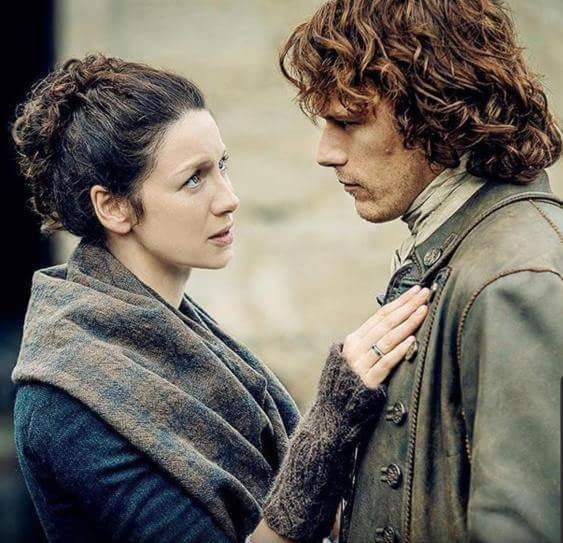 Jamie Fraser (Sam Heughan) and Claire Fraser (Caitriona Balfe) in Outlander Season Two on Starz