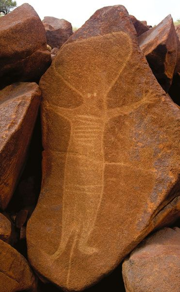 Barrup Rock Art. Western Australia... I'm sure there's a legitimate explanation for this art, but wouldn't it be great to discover that these are the only remaining images of the aliens who once walked the earth???