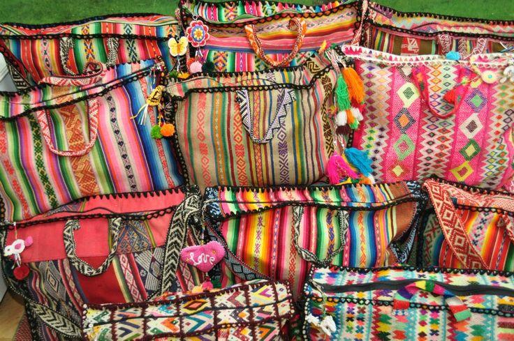Pienca tassen van levensdoeken gemaakt door de mamita's.   www.pienca.com